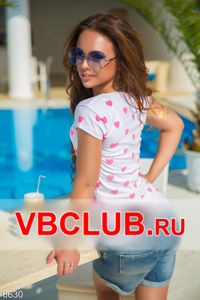 Белая футболка с розовыми сердечками FN-6630